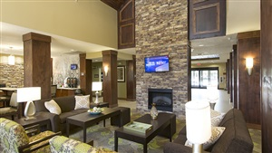 Staybridge Suites Orlando at SeaWorld Lobby